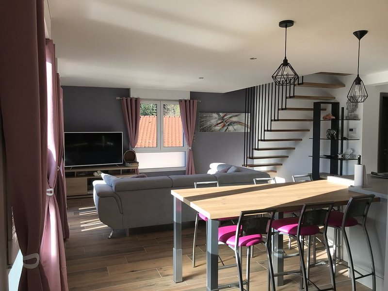 Duplex neuf tout confort, proche lac et station de ski, vakantiewoning in Xonrupt-Longemer