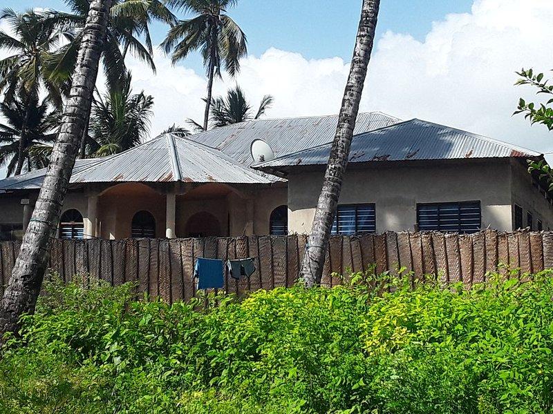 Ikemefuna  Villa Close to the beach, holiday rental in Jambiani