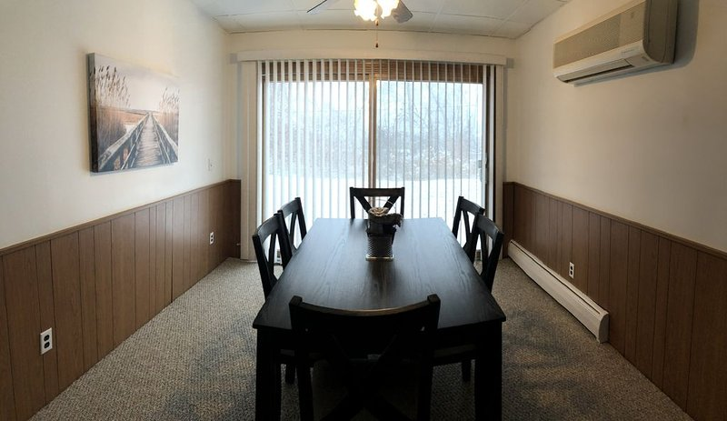 Linwood Vacation Rental  Hunt, Fish, Relax in Linwood, holiday rental in Linwood