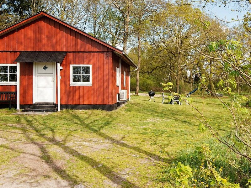5 person holiday home in Skærbæk, holiday rental in Bredebro