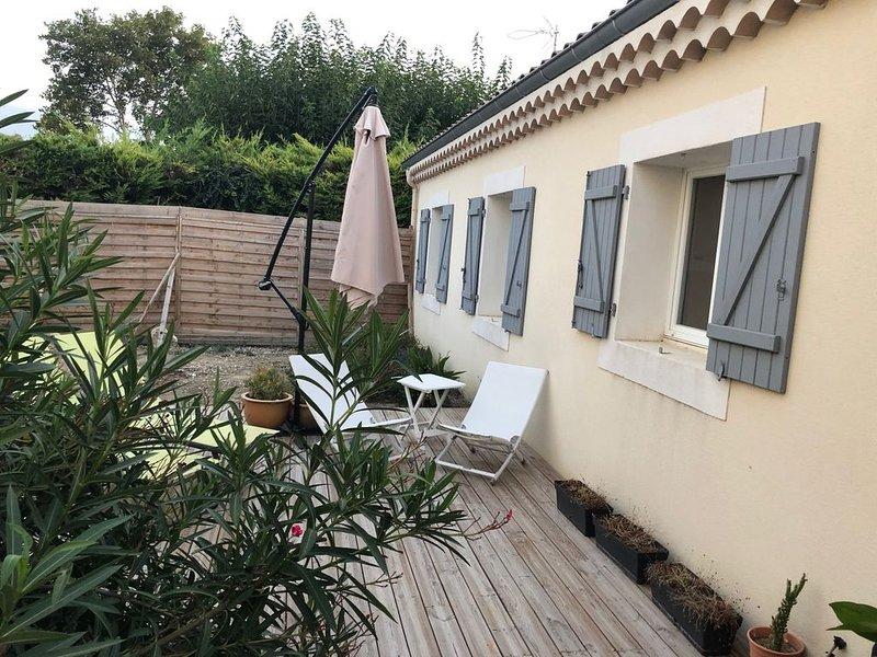 Vacances en Drôme Provençale, vacation rental in Puygiron