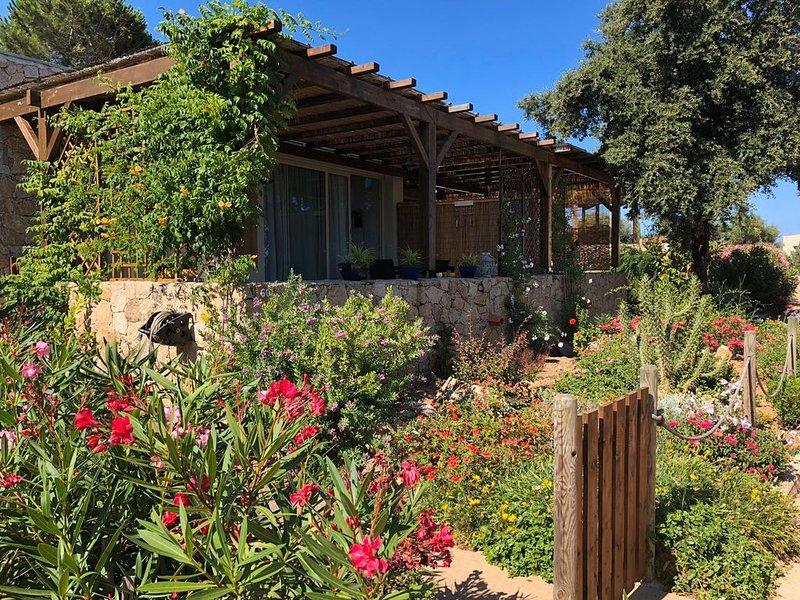villetta,con giardino,ampia veranda vista mare,4 posti letto,l, casa vacanza a Lumio