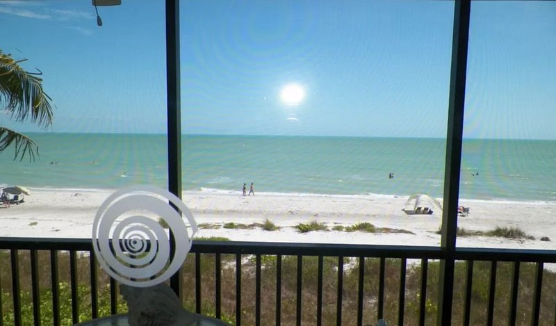 22 Feet To The Beach Swimming Pool Bikes Beach Toys, vacation rental in Sanibel