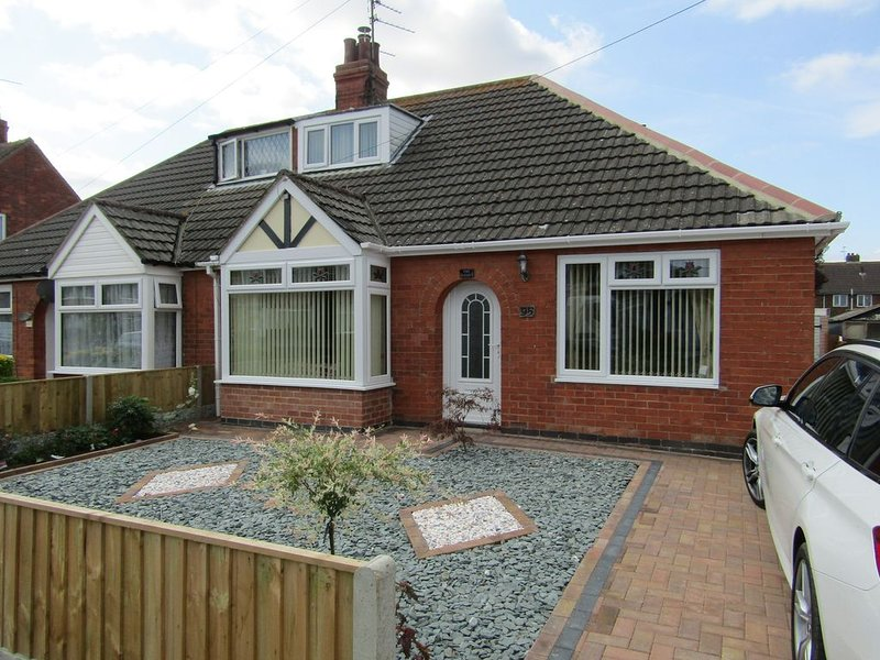 The Beehive, full of charm, holiday rental in Mablethorpe