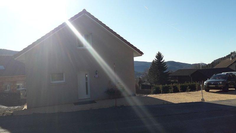 Joli gite cosy et individuel + wifi , proche des stations, holiday rental in Chaux-Neuve