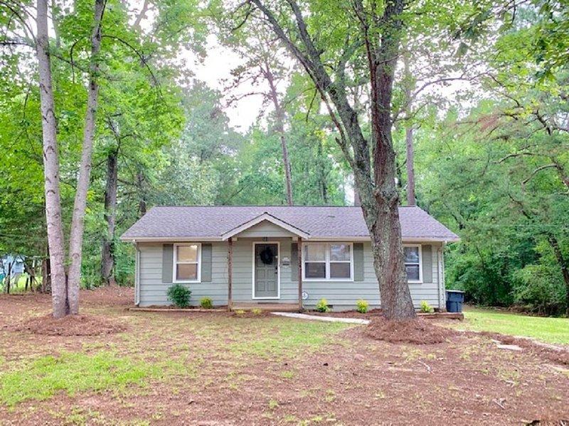 Atlanta Speedway Cottage, casa vacanza a McDonough