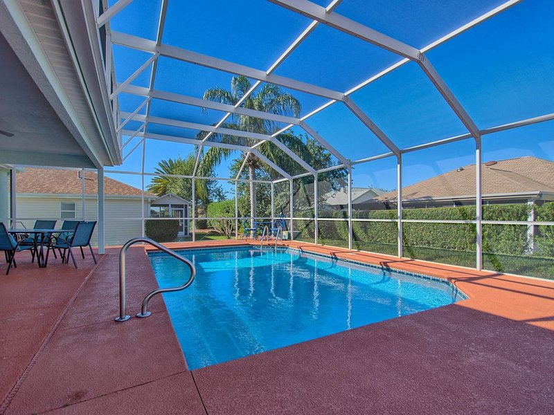 Private Pool Presented By RE/MAX Premier Property Management – semesterbostad i Ocklawaha