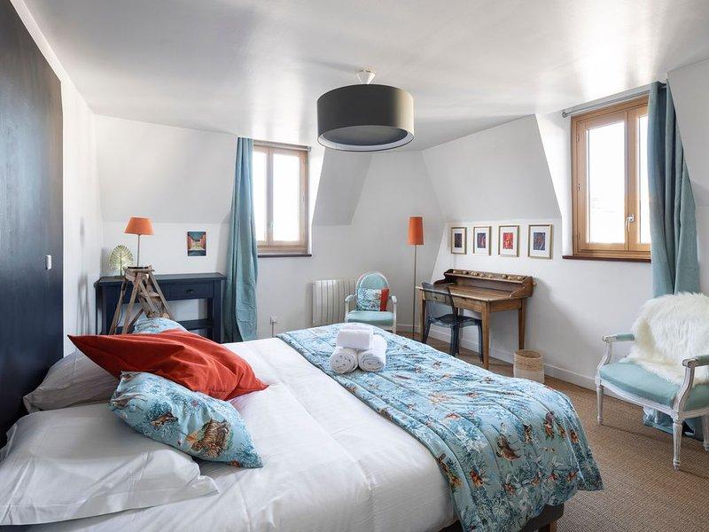 LE BRETAGNE : Confortable Duplex en coeur de Ville, casa vacanza a Bruz
