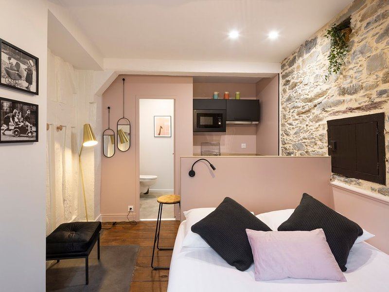 Le Pink - Studio tout confort, vacation rental in Rennes