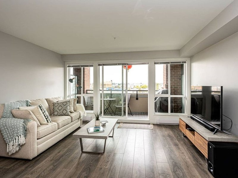 Live The Local Life!, holiday rental in Saanich