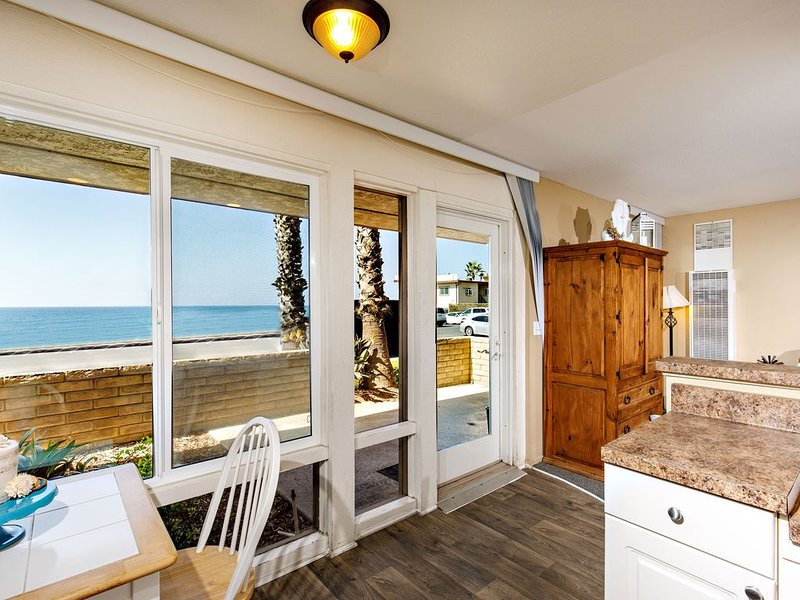 SeaBreeze #5 on the Beach, vacation rental in Carlsbad