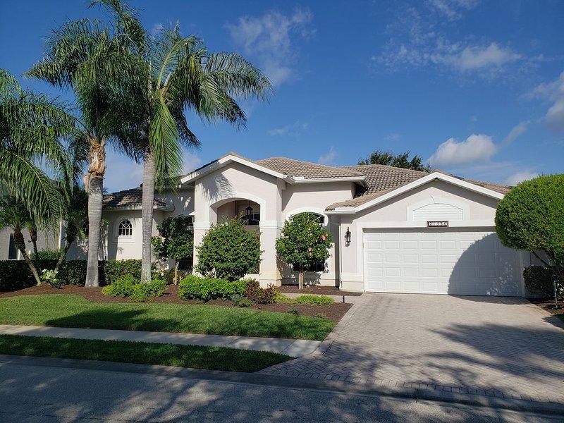 Estero, FLA - Beautiful Stoneybrook 5 bedroom house, holiday rental in Estero