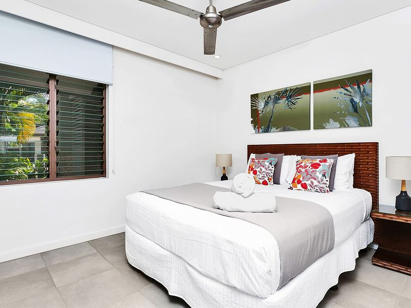 Seascape Holidays at Sea Temple 2 Bedroom Apartment, casa vacanza a Oak Beach
