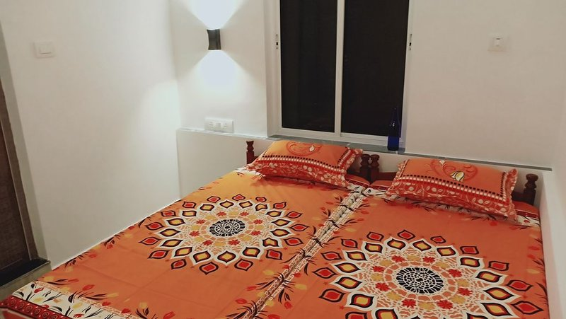 Adam's Holiday home is 3 BH apartment type with two ac & one non ac rooms., holiday rental in Kumbalam