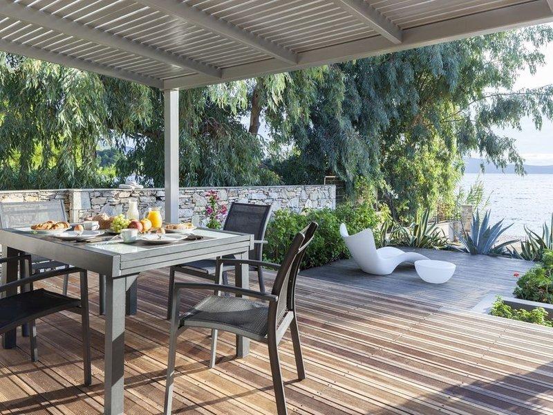 Ilya Villa Sleeps 4 (2 Bedrooms)  in Alonnisos, Sporades Islands, Greek Islands,, holiday rental in Agios Petros