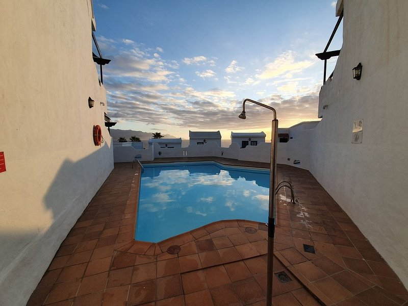 Far away lighthouse Apartment, holiday rental in El Agujero