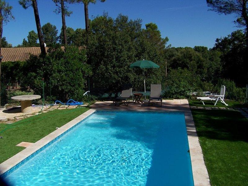 LA ROMARINE Gîte pour 6 personnes, location de vacances à Suze-la-Rousse