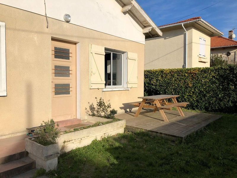Maison Soulac sur Mer 200m plage 12 pers., aluguéis de temporada em Le Verdon Sur Mer