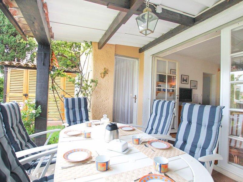 Proche plage Appartement 3 pièces avec jardin, vacation rental in Port Grimaud