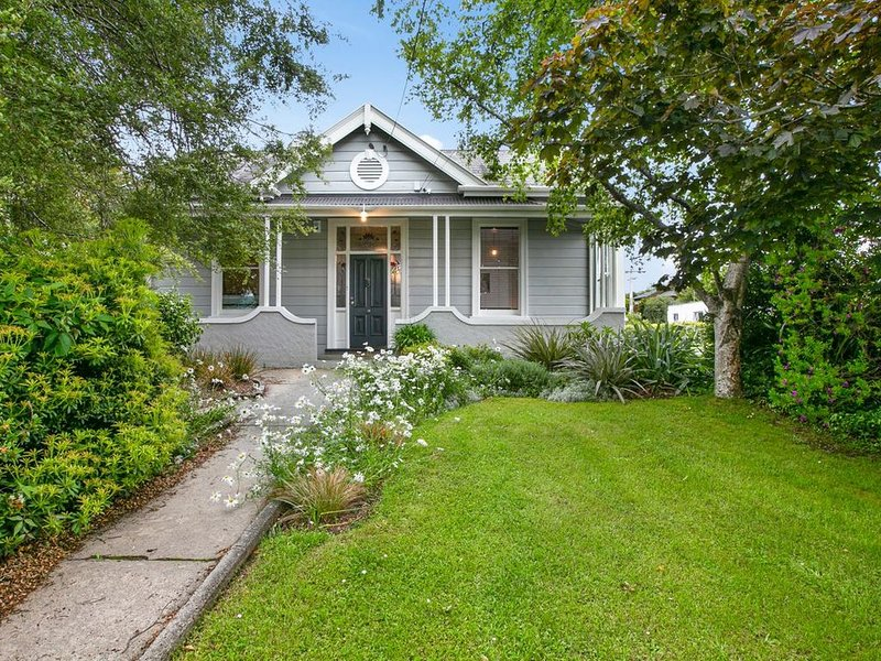 Maple Cottage - Dunedin Holiday Home, alquiler vacacional en Dunedin