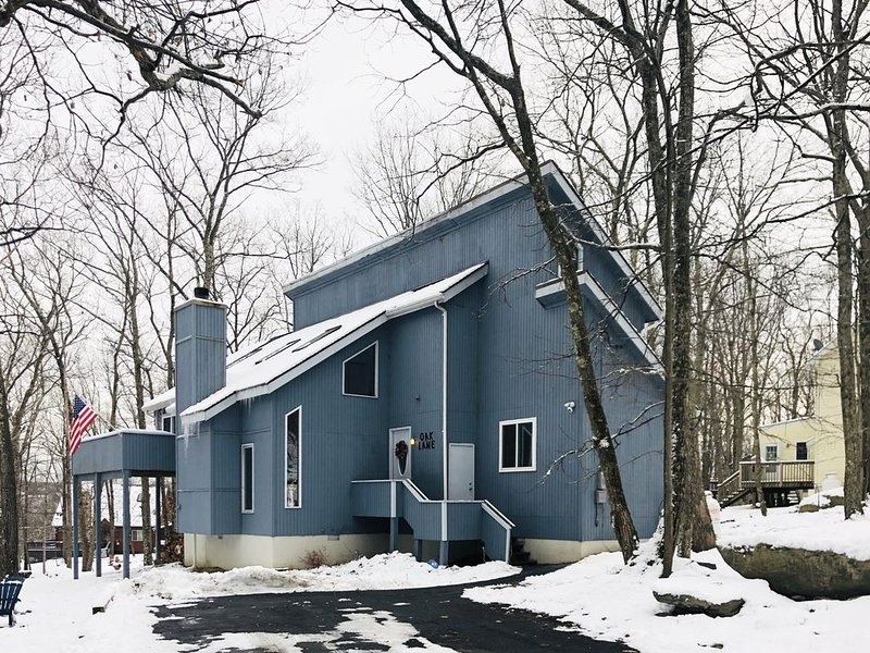 Oak Lane at Saw Creek – semesterbostad i Bushkill