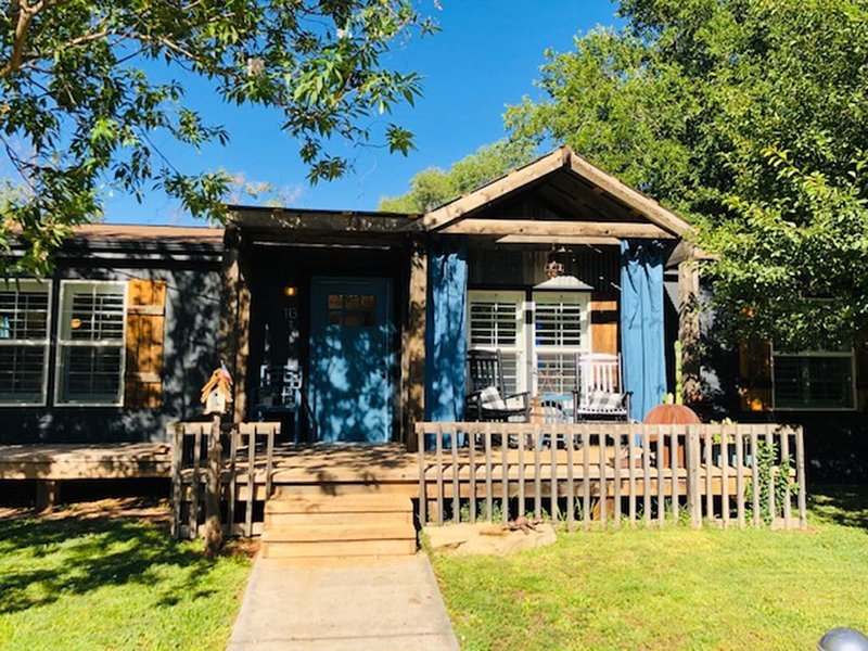 Mill Street Station Bungalow-Zion National Park, aluguéis de temporada em Colorado City