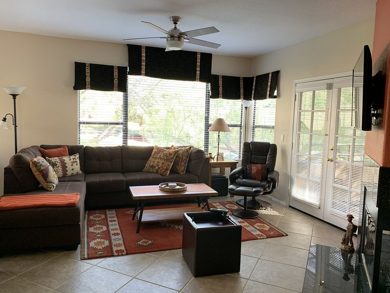 Ventana Canyon View  in Catalina Mountain Foothills, holiday rental in Mount Lemmon