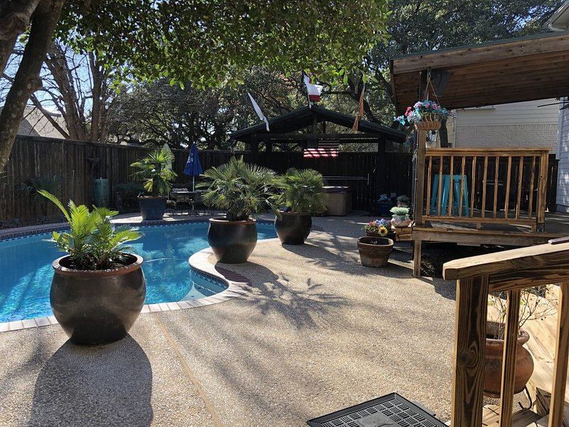 Backyard Oasis in Quiet Family Friendly Cul-de-sac, vacation rental in Round Rock