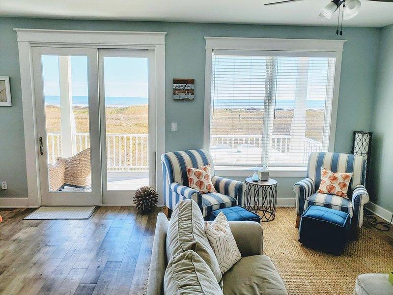 Beachfront Dream - 4/4 bedroom beachfront house (3 king beds), vacation rental in Jamaica Beach