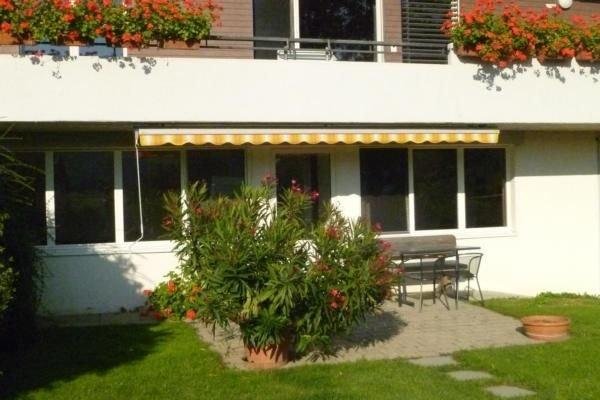 Ferienwohnung Flaach für 2 - 4 Personen mit 1 Schlafzimmer - Ferienwohnung in Ei, holiday rental in Neuhausen am Rheinfall