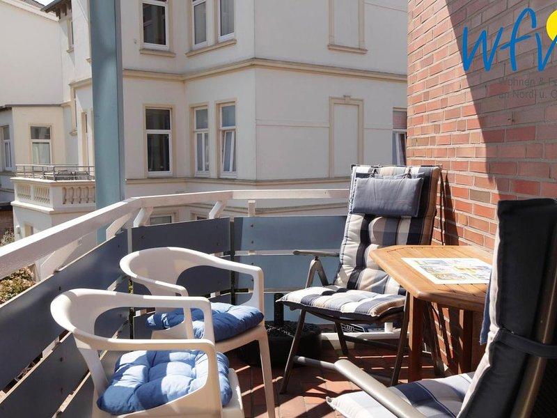Familienfreundliche Ferienwohnung mit sonnigem Balkon auf Borkum!, location de vacances à Borkum