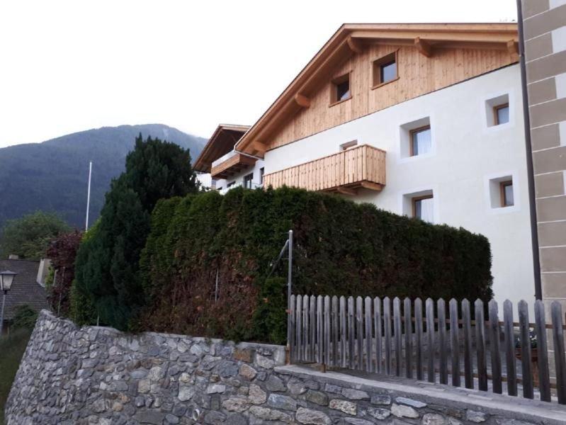 Ferienhaus Mals (Malles Venosta) für 6 - 8 Personen mit 3 Schlafzimmern - Ferien, Ferienwohnung in St Valentin auf der Haide