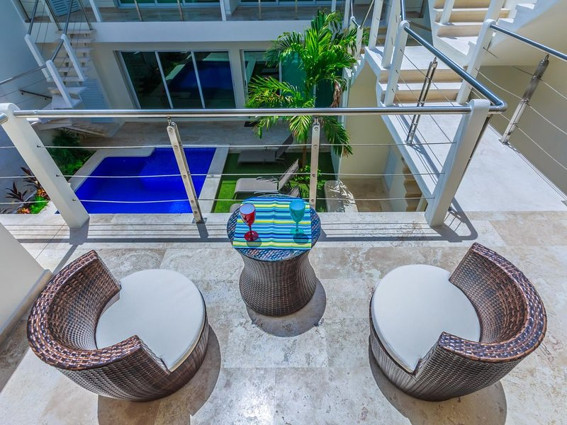 Estrella Del Mar One Bedroom 102, holiday rental in Playa Mujeres