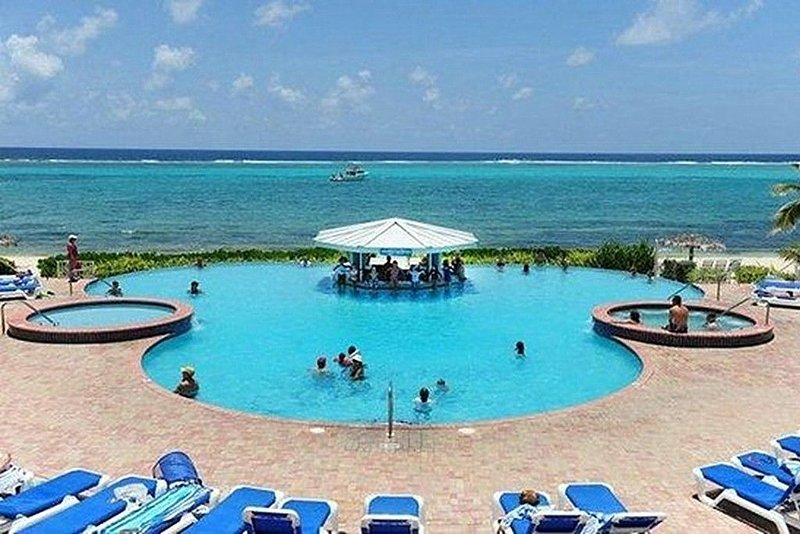 Grand Cayman, Morritt's Tortuga Club! 1 Bedroom suite. Book now! Best Rates!, holiday rental in East End