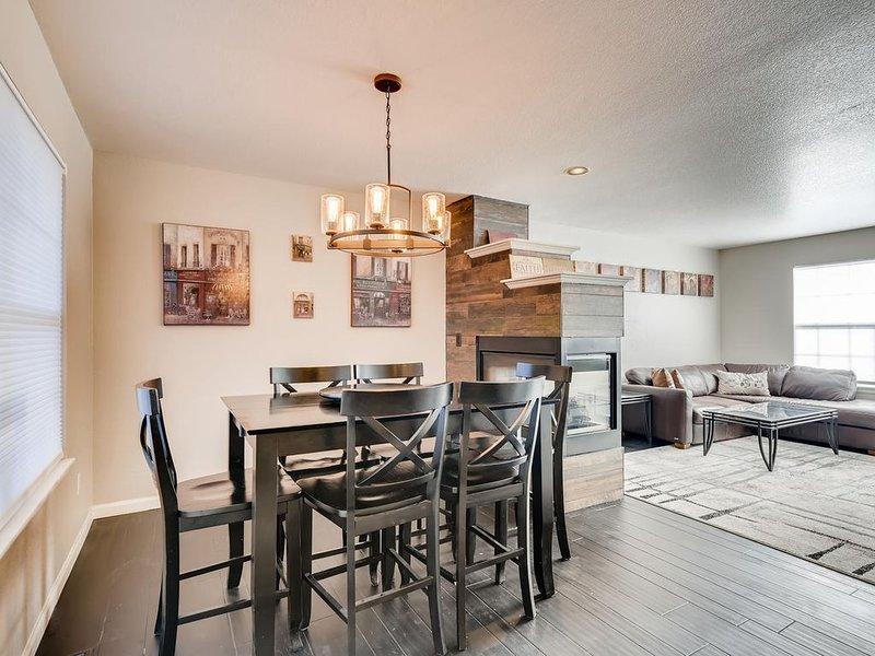 Clean/Spacious Home for Overnight or Relocation!, aluguéis de temporada em Littleton