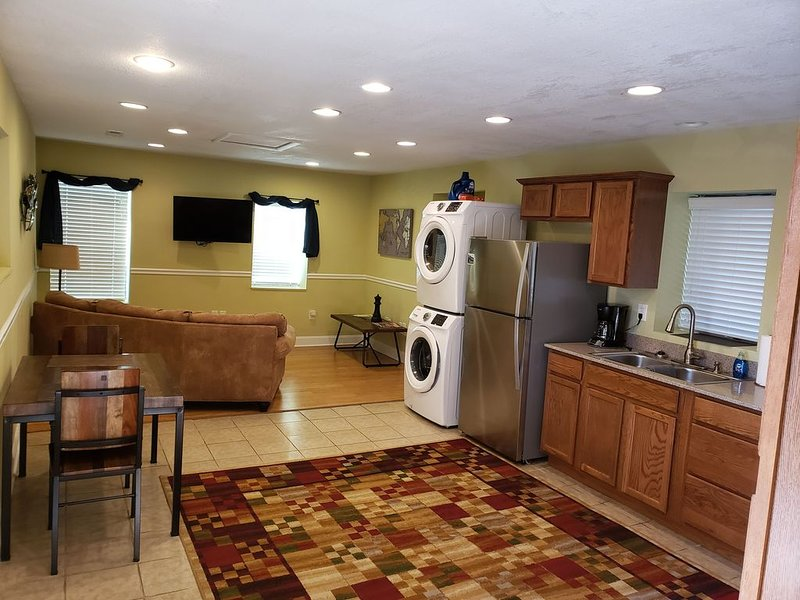 Newly Renovated Complete Kitchens unit 301, holiday rental in Woodfin