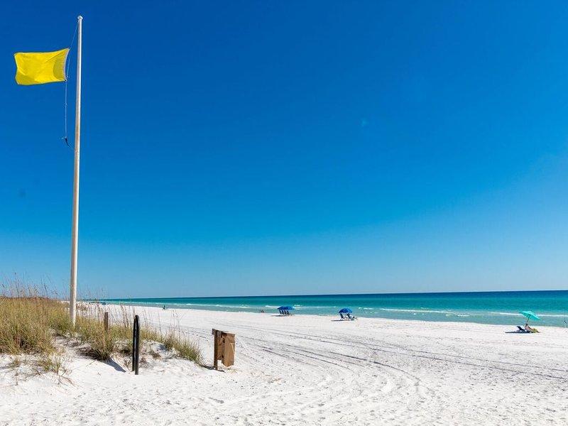 SummerSalt~Paradise30A~Heated Pool and hot tub, gulf views, Dog Friendly!, casa vacanza a Alys Beach