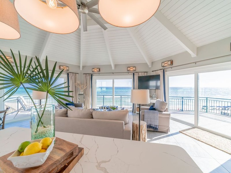 Nifty Shades of Gray~15% off week 3/18-4/1! Call To Book!, vacation rental in Inlet Beach