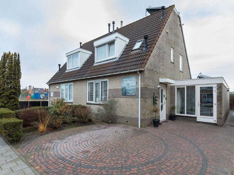 Quietly located apartment at the outskirts of Domburg, holiday rental in Aagtekerke