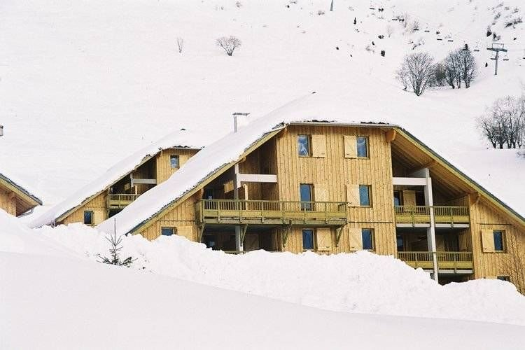 Apartment (52-54 m) sleeping 6 to 8., holiday rental in Saint Jean d'Arves