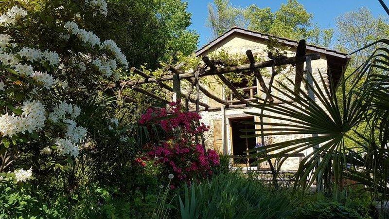 Ferienhaus Sala Capriasca für 4 - 6 Personen mit 2 Schlafzimmern - Ferienhaus, holiday rental in Arosio