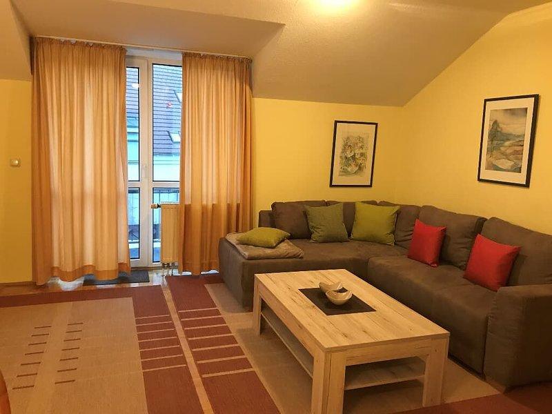 FW 43qm | 2-Zimmer-Appartement mit täglich freiem Eintritt ins AQACUR, holiday rental in Blaibach