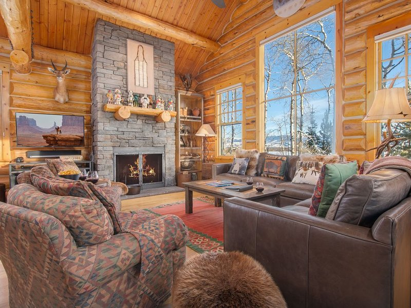 RMR: Luxury 3 BR Cabin with A/C + Walk to Skiing, location de vacances à Moose