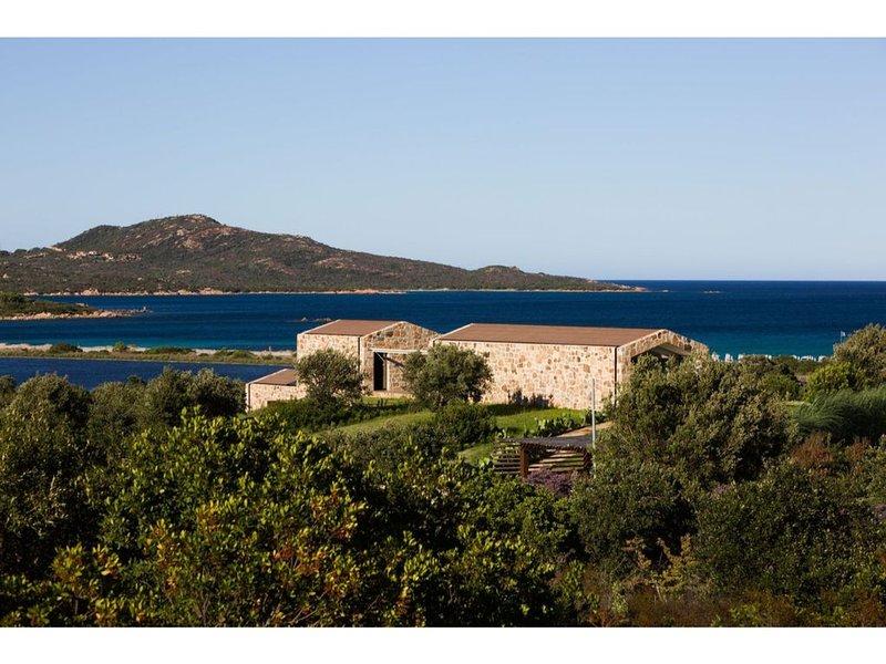 La Janna di Lianti 5 minutes from the beach of Cala Brandinchi, vacation rental in Case Peschiera-lu Fraili