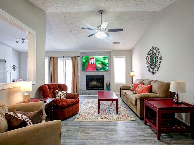 Kennesaw University <6 miles away - Renovated!, holiday rental in Dallas