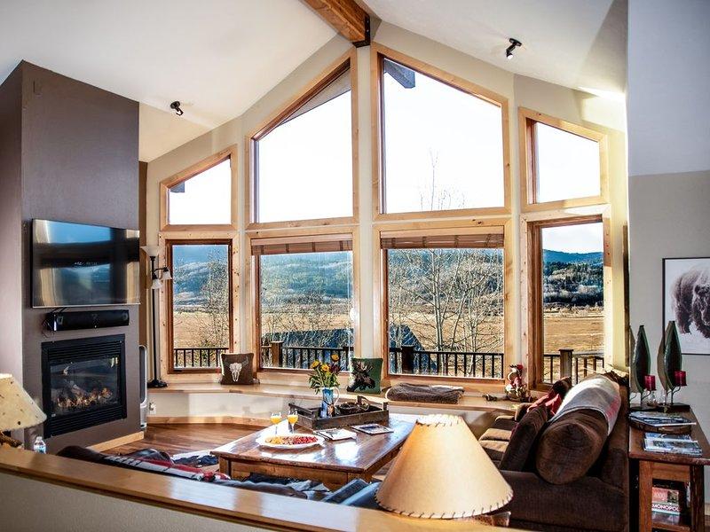 Beautiful Mountain Home.  5 Bedroom, 3 bath, 2 car garage., location de vacances à Alpine