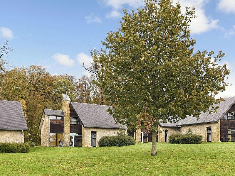 Luxus 6-Personen-Ferienhaus im Ferienpark Landal Village l'Eau d'Heure, Ferienwohnung in Montigny-le-Tilleul