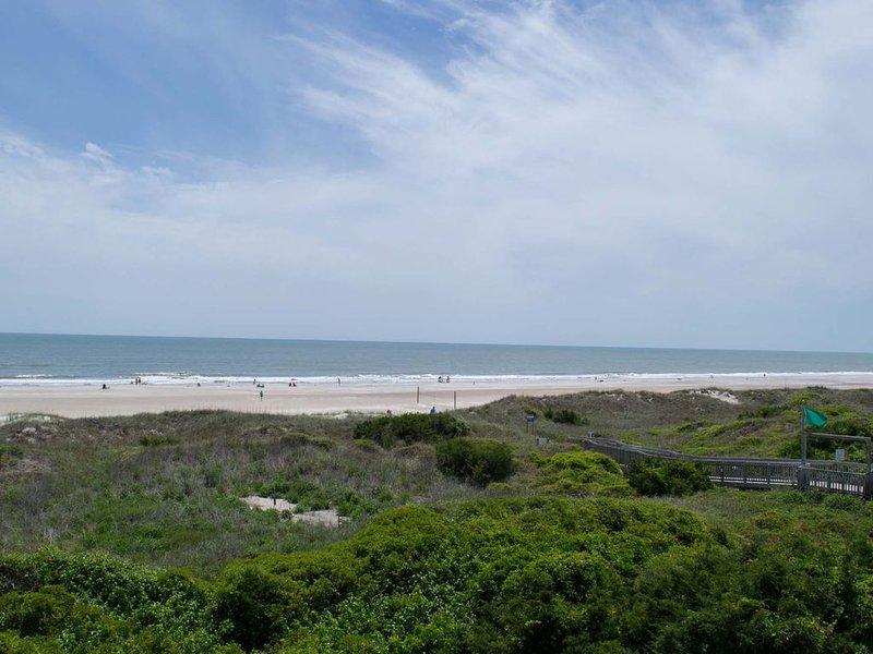 De larges plages de sable