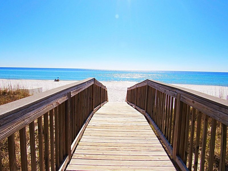Voted #1 for Best Florida Beaches that aren't ridiculously crowded!!, alquiler de vacaciones en Navarre