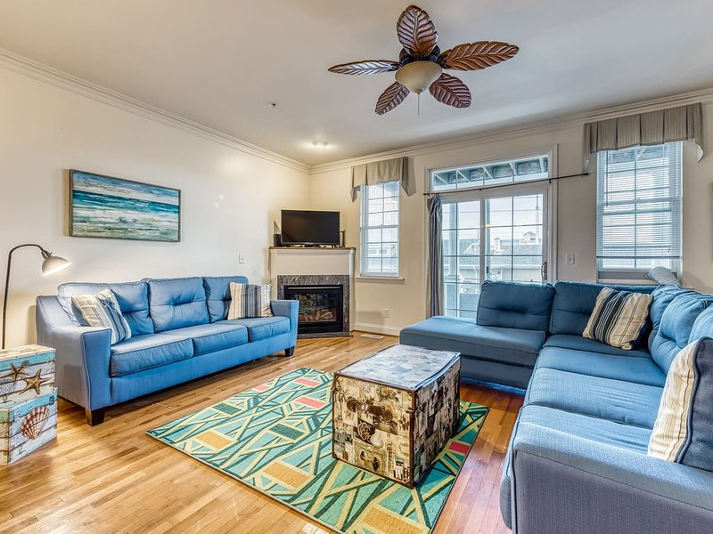 Spacious three story townhouse w/fireplace, jetted tub and garage parking!, alquiler de vacaciones en Ocean City